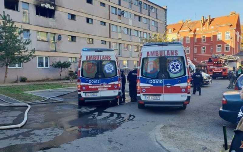 Нижня Сілезія: вогнеборці врятували п'ятьох осіб під час пожежі у багатоповерхівці в Любіні