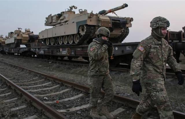 Що таке «воєнний стан», як він може вплинути на внутрішню і зовнішню політику України?
