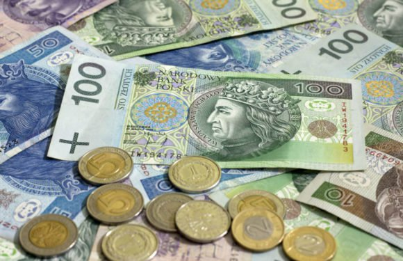 Вроцлав: радні ПІС обіцяють збільшити зарплату вчителів до стандартів 21-го століття