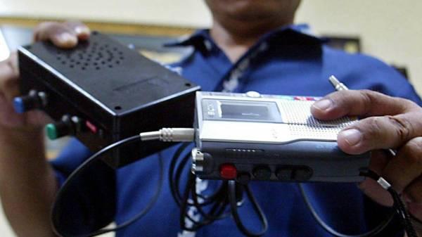 Вроцлав: приватних детективів затримали на встановленні «жучків» у косметичному кабінеті