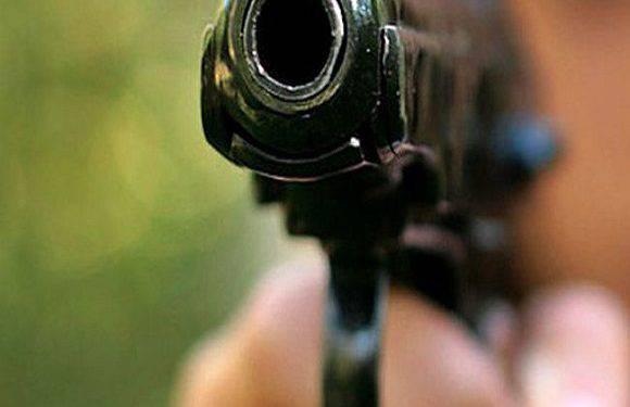 В Дзєржонуві п'яний молодик стріляв у людей