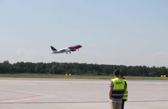 WizzAir распродает билеты по всем направлениям: билеты от 39 злотых