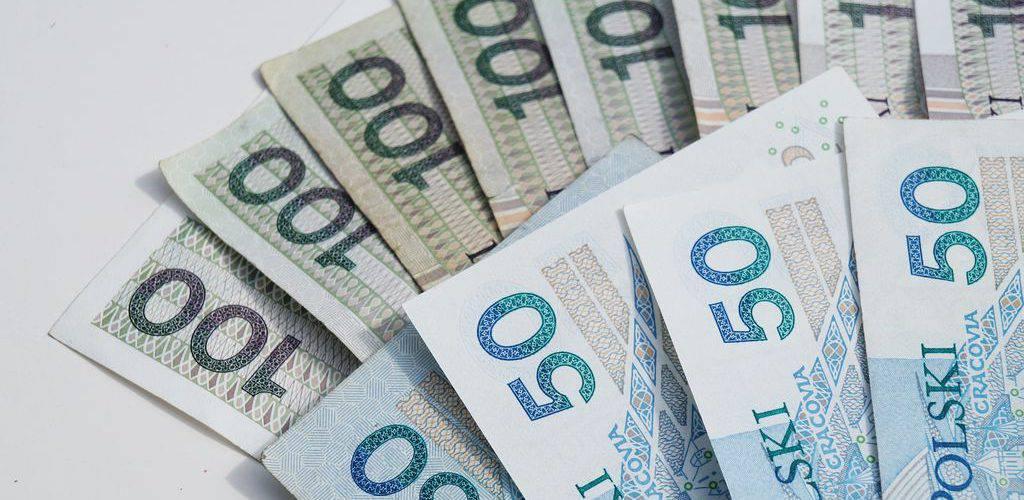Польща: з липня в дію ввійдуть зміни в програмі 500+
