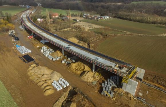 Велика кільцева дорога навколо Вроцлава: триває будівництво з використанням вибухівки