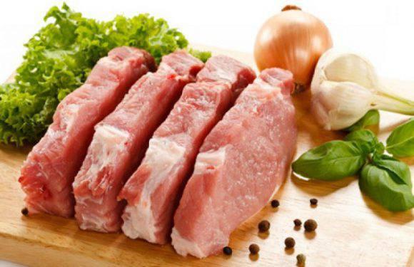 Україна призупинить імпорт свинини з Польщі