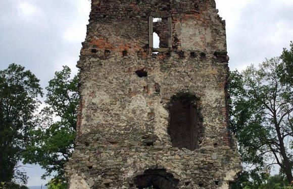 У Нижній Сілезії відбудують середньовічний замок