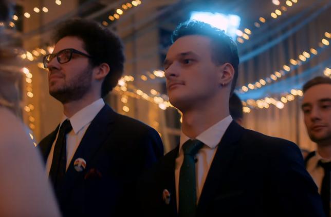 Перший подібний випускний у Польщі: випускники середньої школи у Варшаві танцювали «Полонез рівності»