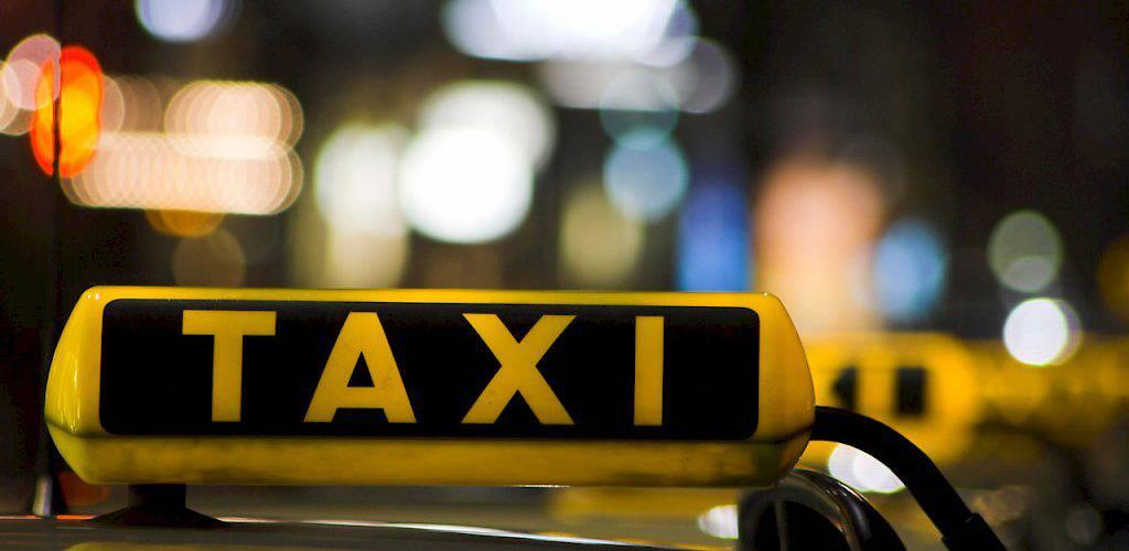 Водії таксі заблокують Варшаву