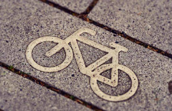 Завдяки польській акції сироти війни в Україні отримають велосипеди