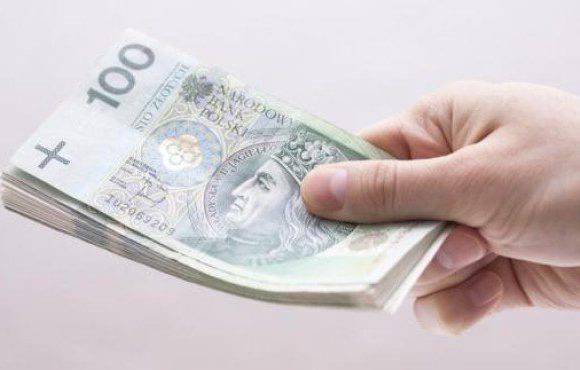 Польща: вихід на пенсію після 35 і 40 років стажу незалежно від віку