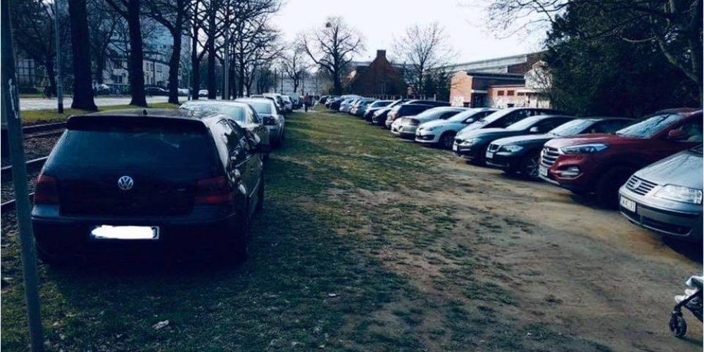 У Вроцлаві евакуюватимуть незаконно припарковані авто, – Яцек Сутрик оголошує війну  недобросовісним водіям