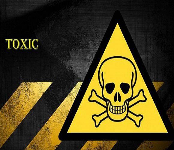 На нижньосілезькій трасі з вантажівки витікали… хімікати