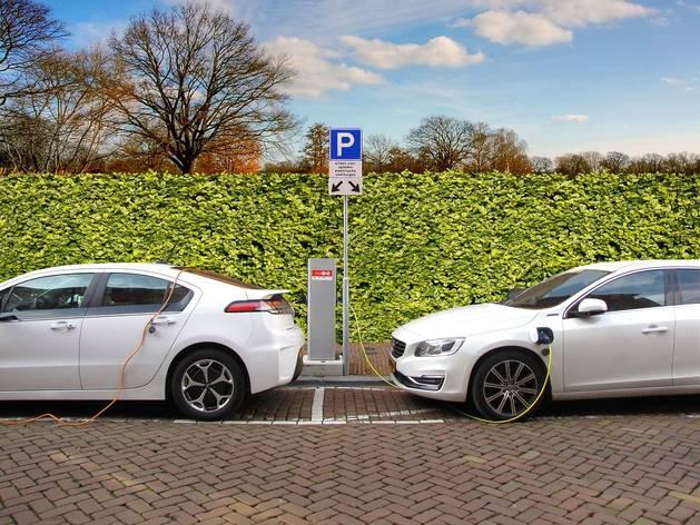 У Польщі вже курсує понад 5,6 тисяч електромобілів та розміщено більше 660 зарядних станцій