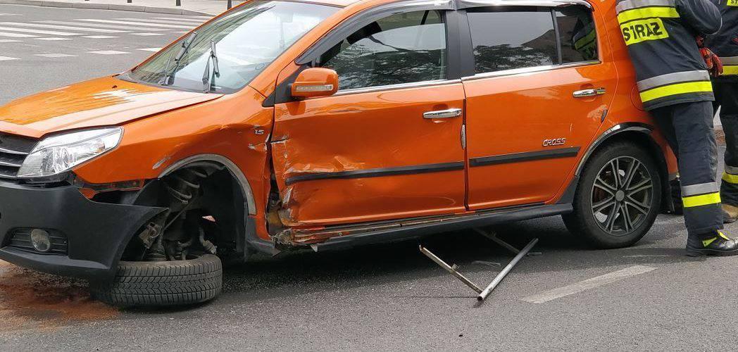 У Варшаві сталося зіткнення двох легкових автомобілів: одна з автівок з українськими номерами