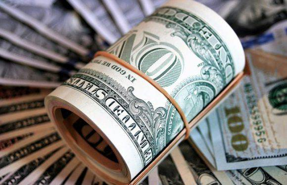 Євро чи долар або чи доживе євровалюта до 30 років?