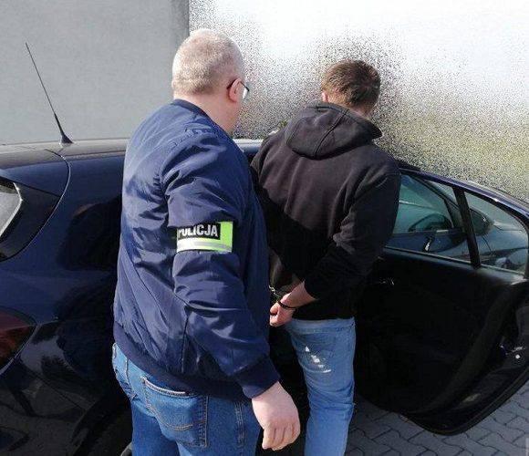У Польщі затримали 22-річного педофіла, який поширював дитячу порнографію