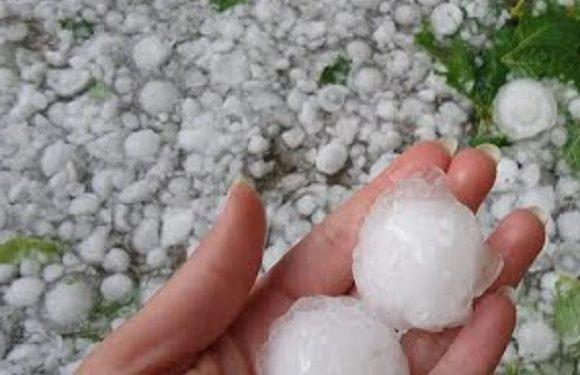 На Польщу знову насуваються бурі: дізнайся прогноз погоди