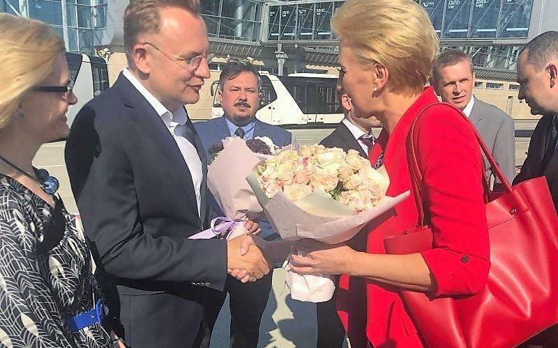 Дружина президента Польщі прибула до Львова