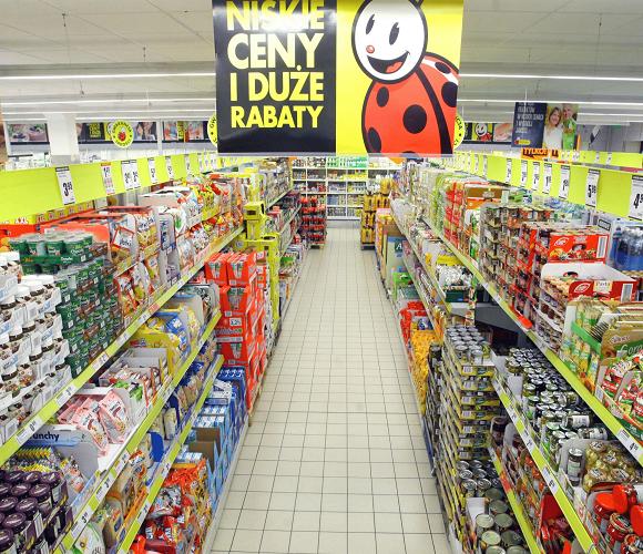 Польські супермаркети підняли ціни на продукти: дізнайся, на які!