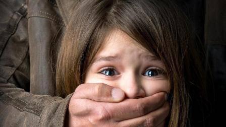 У Польщі 11-річна українка  народила дитину від ґвалтівника – свого дідуся