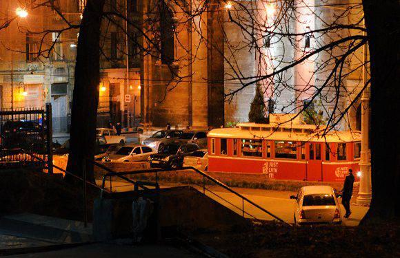 У Вроцлаві знову курсуватимуть нічні трамваї [+ВІДЕО]