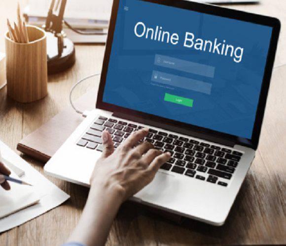 Проблеми із заявками на «500+»: інтернет-банки не працюють