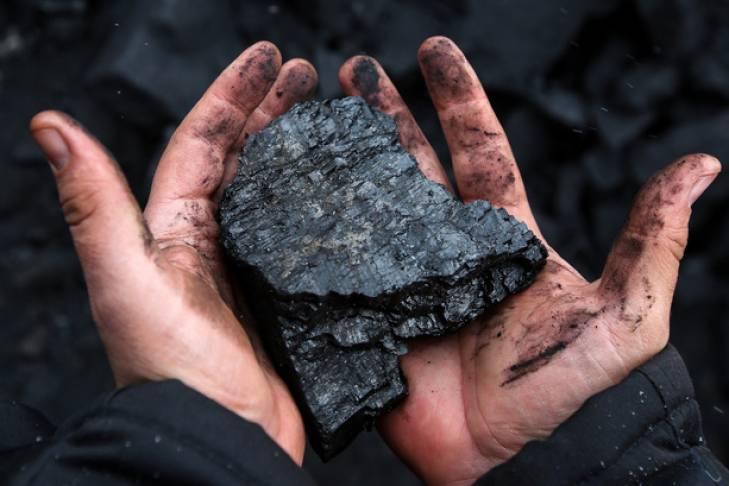 Польща  гріється  російським вугіллям