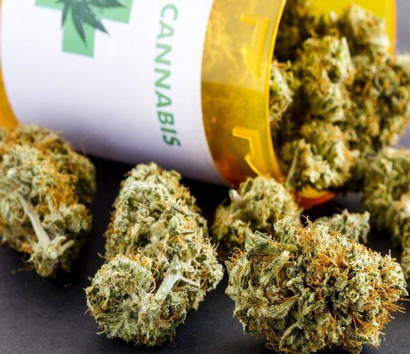 У Польщі відтепер можна купити марихуану… за рецептом