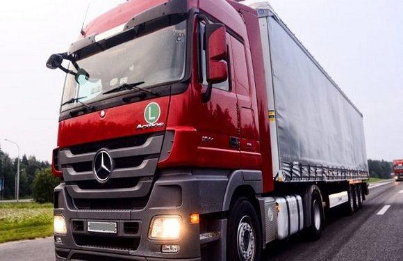 На польських дорогах бракує водіїв: чи українці допоможуть?