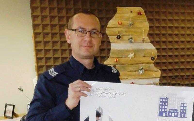 У Польщі дільничний допоміг українці знайти квартиру та роботу, — повідомила policja.pl