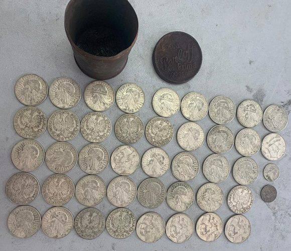 На кордоні затримали українця, який перевозив польські монети