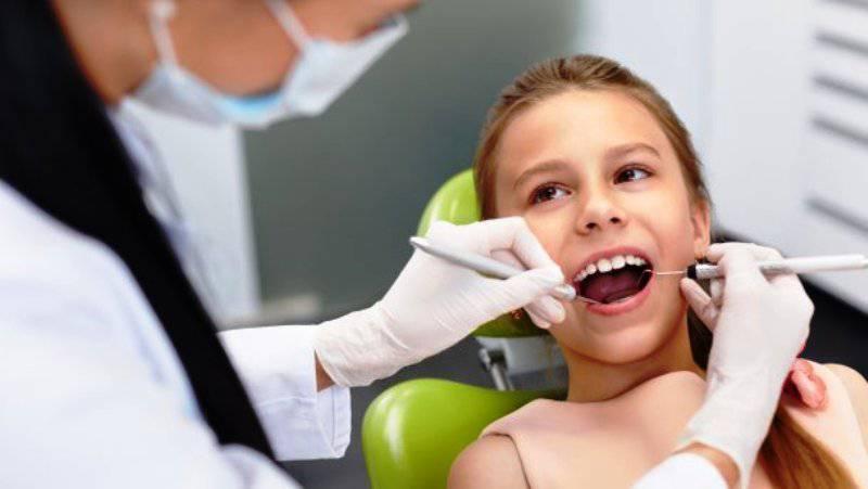 У Польщі кожна початкова і середня школа матиме доступ до дантиста, медсестри чи гігієніста