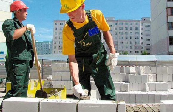 Польщі потрібні будівельники: працедавці чекають на українців