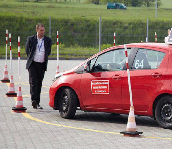 В Польщі спростять процедуру отримання водійських прав