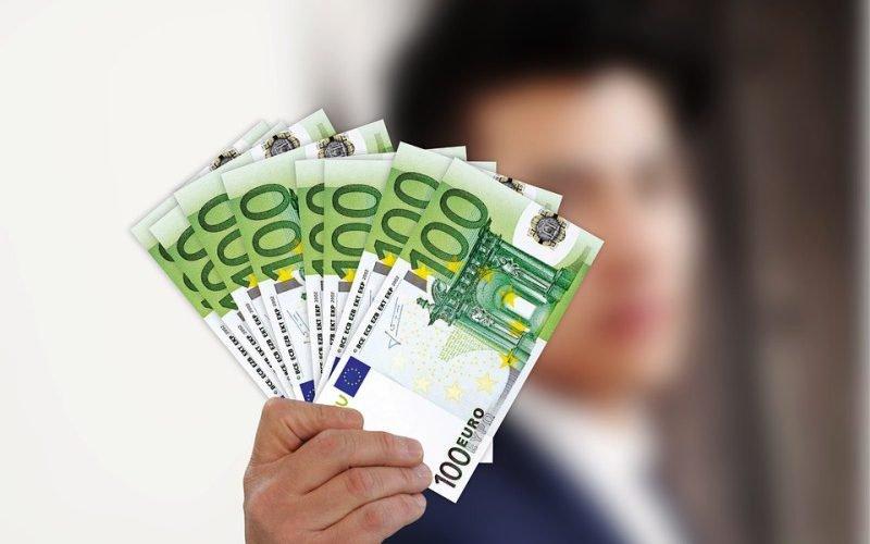 Польські трудові мігранти заробляють втричі більше, аніж українські заробітчани