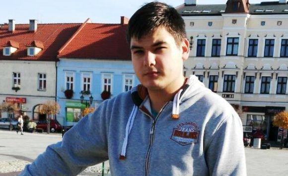 Для лікування 18-річного українця, на якого у Варшаві впав самогубець, необхідно зібрати 100 тис. злотих