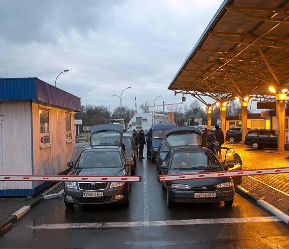 Дізнайся, які сьогодні черги на польському кордоні