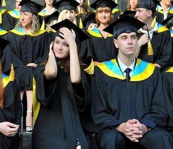 Польські ВИШі заманюють українців: дізнайся всі деталі