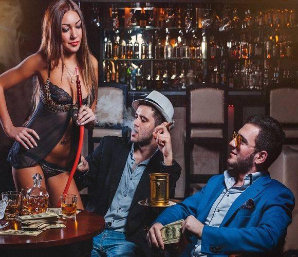 У Вроцлавському нічному клубі стриптизерка до смерті напоїла клієнта