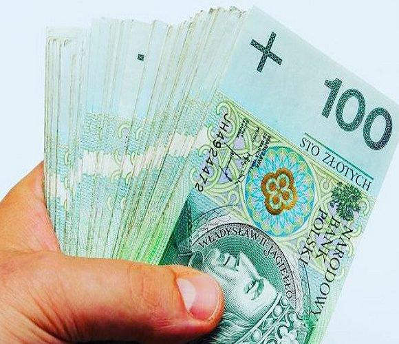 Вся правда про те, скільки заробляють українці в Польщі