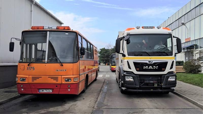 Вроцлавський MPK: ремонт автобуса  – просто на дорозі