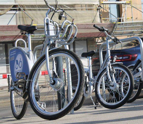 У Вроцлаві — чергове ДТП: Тойота збила велосипедистку