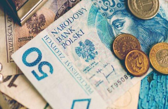 Поляки «залазять в борги»: рекордсмен має повернути 72 млн злотих!