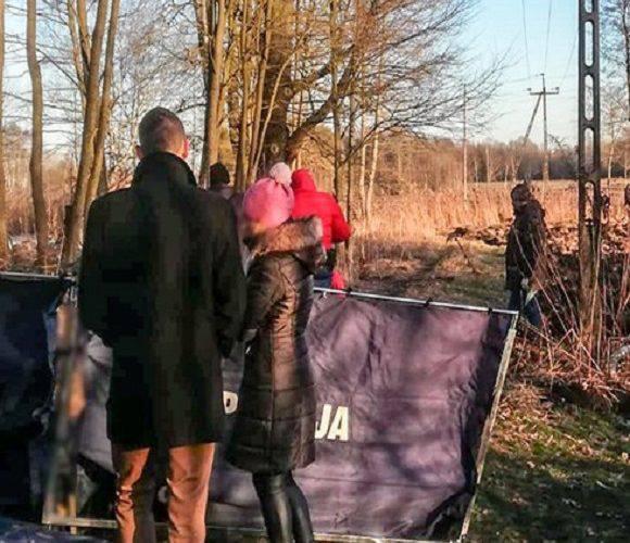 У лісі в Польщі знайшли обгорілий труп: у вбивстві батька підозрюють 19-річного сина