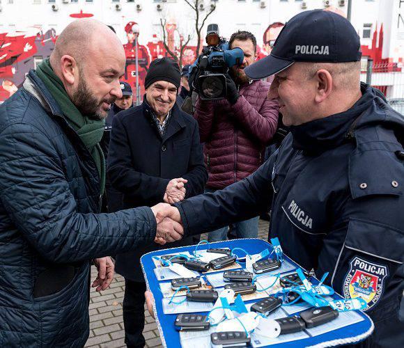 Вроцлавська поліція отримала нові автомобілі та техніку [+ФОТО]