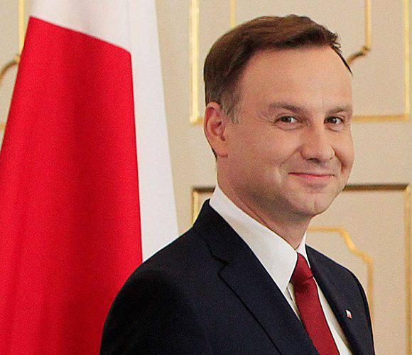 На пенсію — в 55! Анджей Дуда хоче змінити пенсійний вік в Польщі