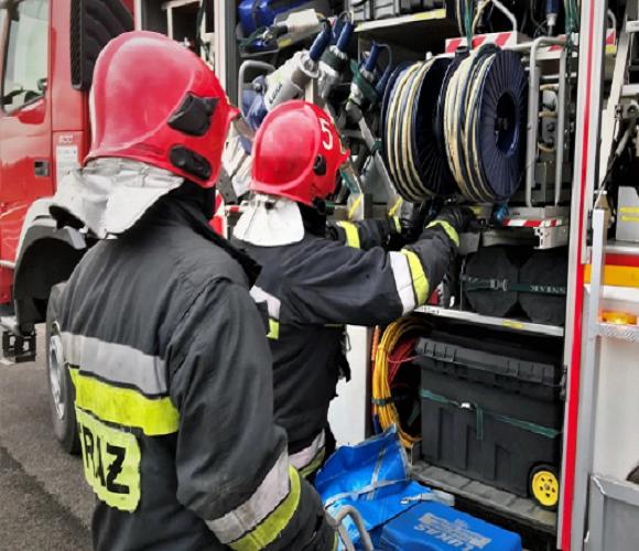 Трагедія в Нижній Сілезії: чоловік підпалив будинок, а потім повісився