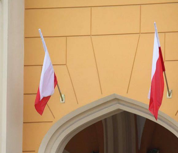 Смерть на роботі: в Польщі у своєму кабінеті помер керівник уженду