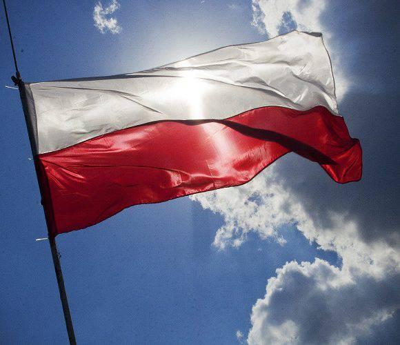 Яким чином Польща намагається затримати працівників з України, аби ті не виїхали до Німеччини?