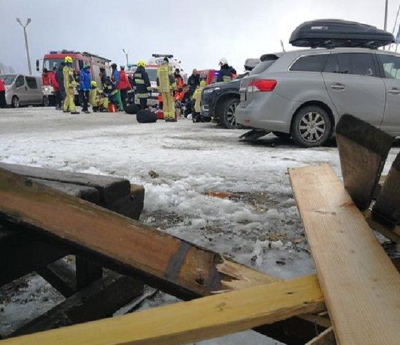 Перші жертви: внаслідок урагану в Польщі загинуло 2 особи [+ФОТО]